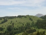 Vue sur la Croix des Bergers, le Mont Blanc en arrière  plan