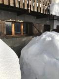 devant le gîte en hiver